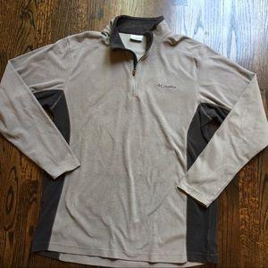 Columbia Men's Quarter Zip Pullover -Large